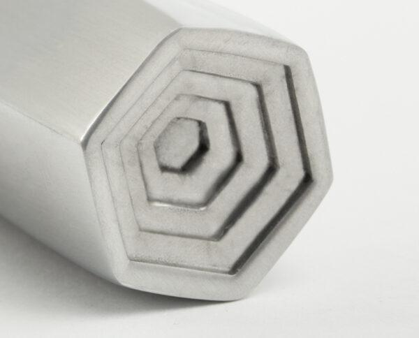 maniglia di design maglia per porte maniglia in alluminio modello geometrico prisma by niva design