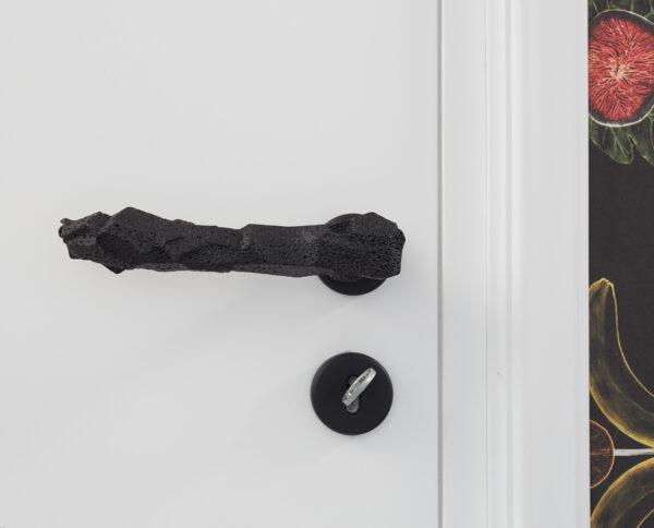maniglia di design maglia per porte nera modello lavica by niva design