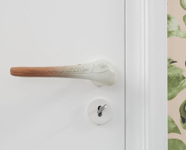 maniglia per porte maniglia di design maniglia in legno noce modello libeccio by niva design