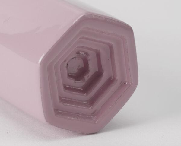 maniglia di design maglia per porte lilla lucida maniglia colorata modello geometrico prisma by niva design