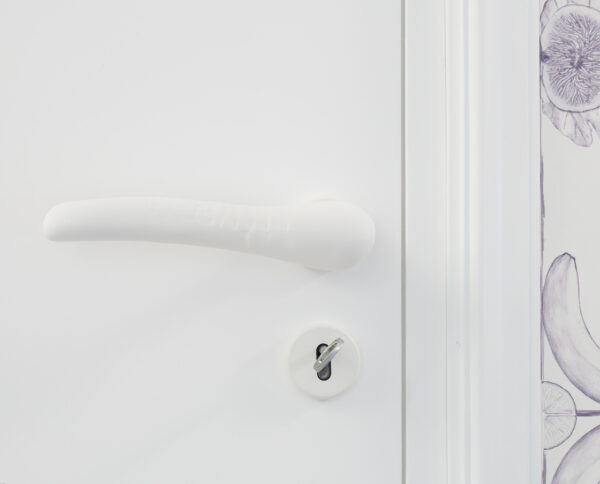 maniglia di design maglia per porte bianca modello scaglie by niva design