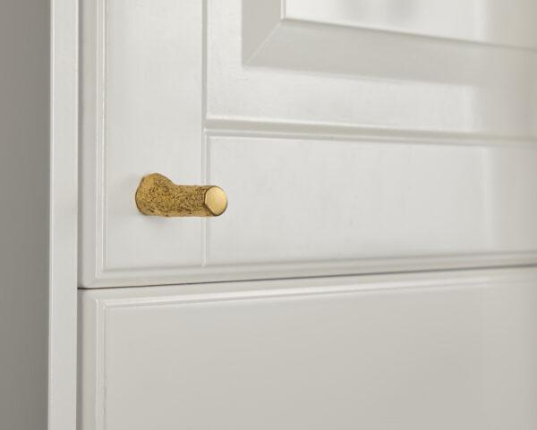pomello in ottone, pomello per cucine, pomello per mobili modello tiglio con texture legno by niva design